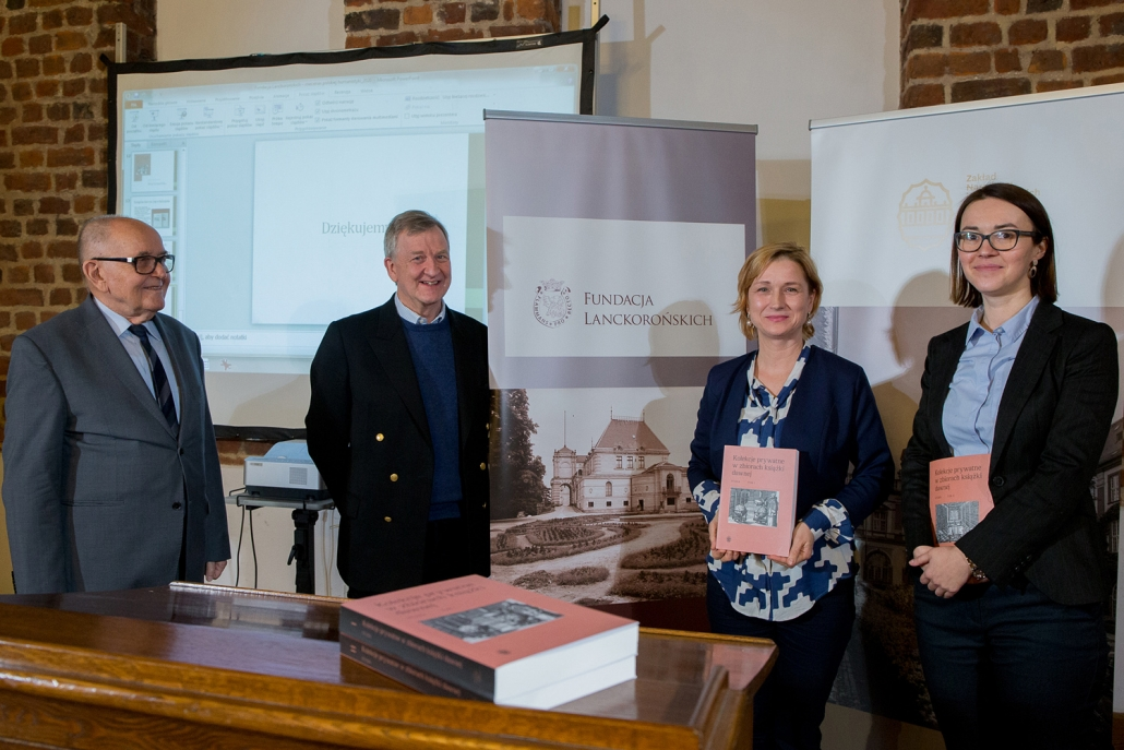 Od prawej: Dr Agnieszka Franczyk-Cegła i dr Dorota Sidorowicz-Mulak, pod których redakcją naukową powstałą praca, oraz Piotr Piniński i dr Adolf Juzwenko